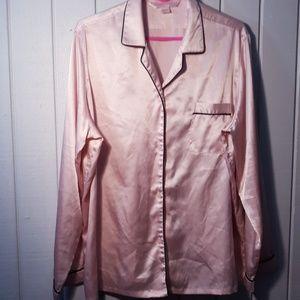 Victoria's secret baby pink pajama top. Size L